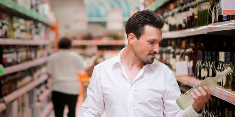 Could alcohol be a regular sight in Ontario corner stores?
