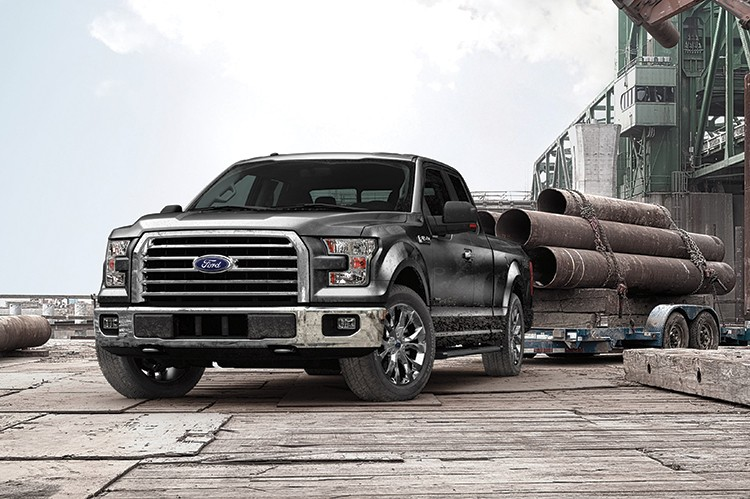 The available 3.5-liter TiVCT V6 in the all-new Ford F-150 produces 283 horsepower and 255 lb.-ft. of torque. When properly equipped it has a payload capacity of 1,910 pounds and can tow up to 7,600 pounds.