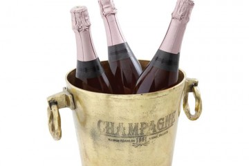 She'll feel like she's in a Parisian five-star hotel with this rustic ice bucket