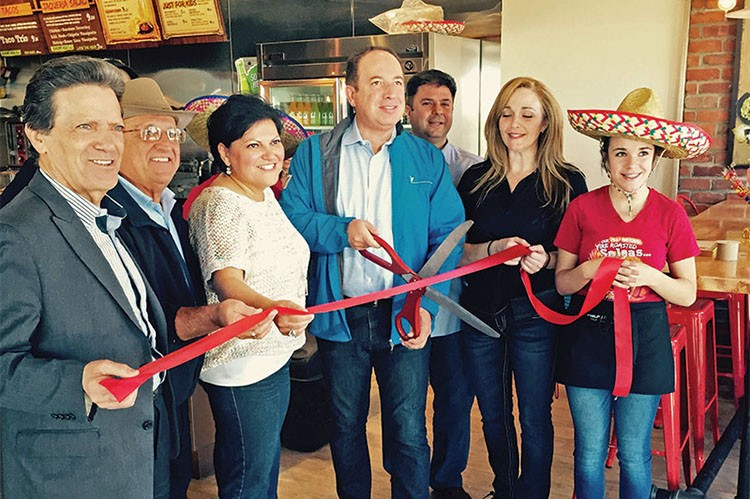 Mucho-Burritos-North-Vaughan-Grand-Opening