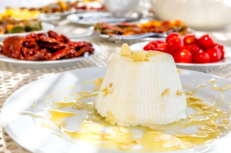 Lunch at Villa San Vincenzo includes fresh ricotta drizzled in honey