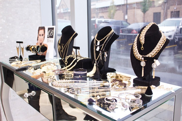 Glitz Jewellery Boutique carries a variety of fashionable jewellery