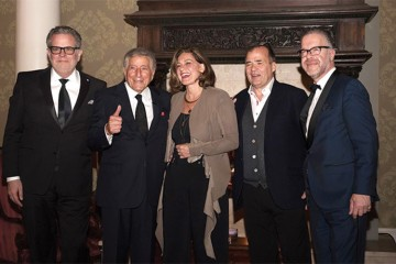 CEO of Jazz FM Ross Porter, Tony Bennett, journalist Lisa LaFlamme, Toronto Star editor Michael Cooke, Jazz.FM director Joseph Manzoli