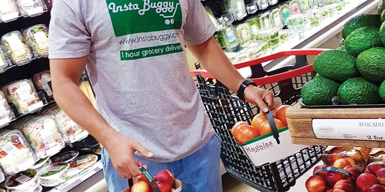 Move over, UberEATS! Stocking the cupboards just got a lot easier thanks to InstaBuggy, an app that lets you select your groceries from your smartphone and then delivers your goodies within the hour.