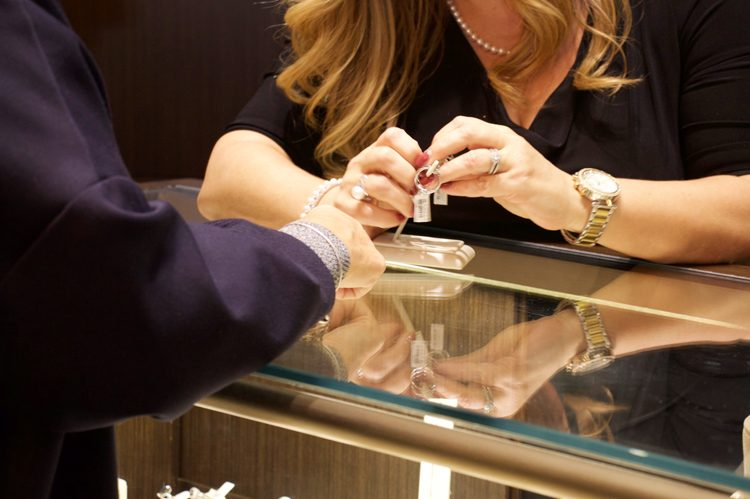 finch-centre-jewellers-watch-and-jewellery-fair-9