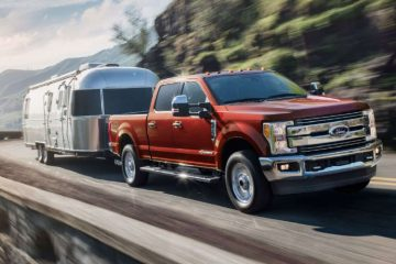 Ford F-250 Super Duty Lariat  Specs: 385 HP | 11.0/16.4 City/Highway MPG | 6 Seats / 4 Doors