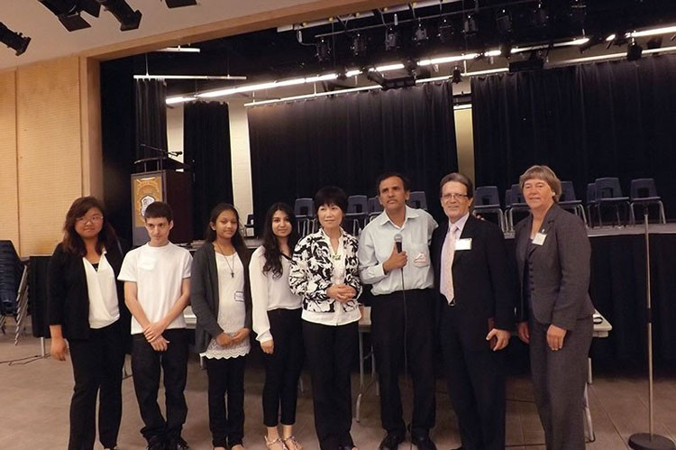 Event volunteers Judi Li, George, Michelle, Vinamrata, Carol Chan, Tutor on Wheels president Sarma Donepudi, deputy mayor of Vaughan Gino Rosati and regional councillor Deb Schulte