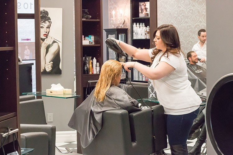 From colour treatments to blow-dries and updos, La Couture offers unparalleled expertise matched with genuine, friendly care for its clients