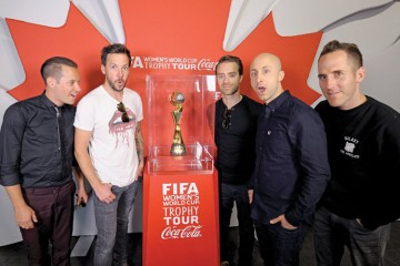 simple-plan-visiting-the-fifa-womens-world-cup-trophy