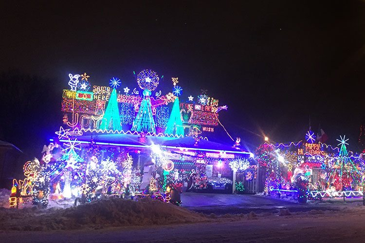 The Great Christmas Light Fight.The Great Christmas Light Fight City Life Vaughan